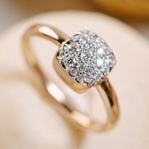 Ring in 750/Rosegold mit Brillanten von 0,28ct W/SI. Ringweite 53.