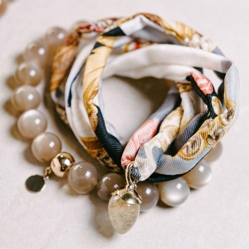 Mondsteinarmband mit 19 Mondsteinkugeln, Farbe - braun